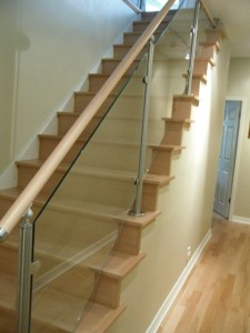 Glass vanisters for stairways